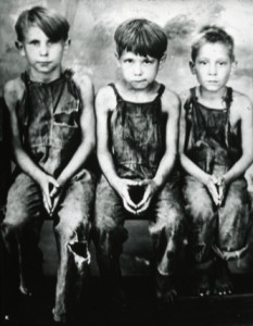"""Three orphan boys"""